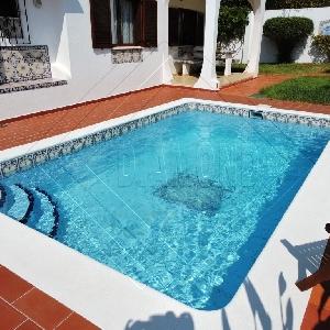 आकर्षक पुर्तगाली अलग विला 4 बेडरूम, पूल, गेराज और एनेक्स